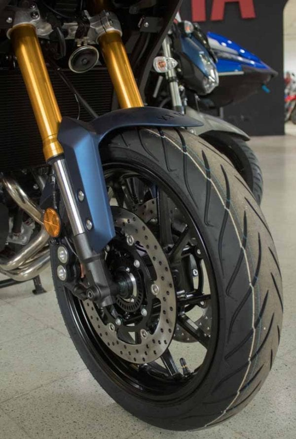 Yamaha Tracer 900 GT Suspensiones